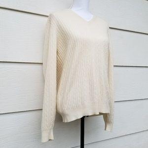 100% fine cashmere soft cream vneck pullover